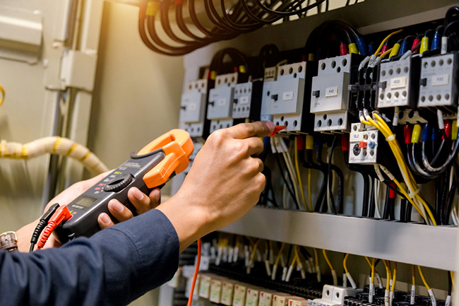 Signs You Need an Electrical Repair